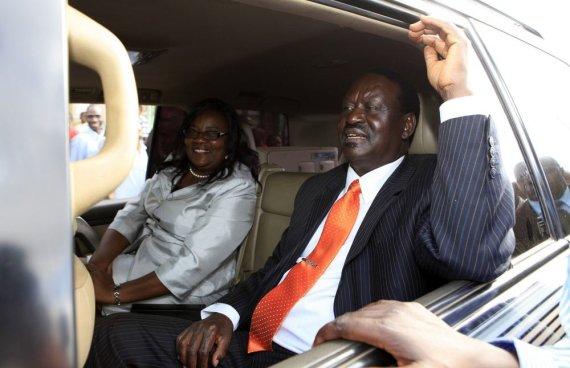 """""""Reuters""""/""""Scanpix"""" nuotr./Kenijos ministras pirmininkas ir kandidatas į prezidentus Raila Odinga su žmona Ida."""