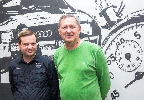 Luko Balandžio / 15min nuotr./15min studijoje — saugaus eismo ekspertai Artūras Pakėnas ir Darius Grinbergas