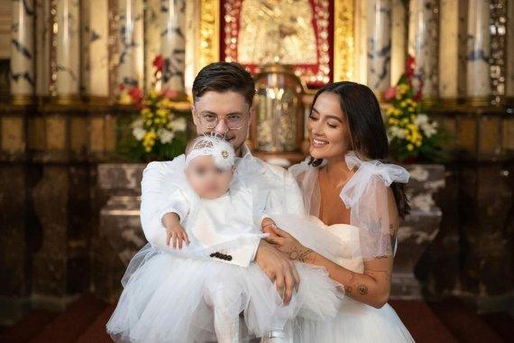 Nerijaus Kuzmicko nuotr./Karolina Meschino ir Dominykas Ježerys pakrikštijo dukrą