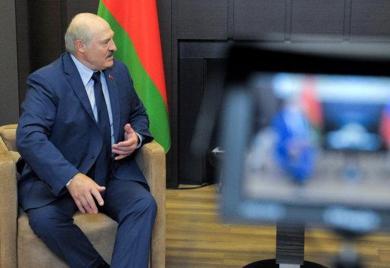 """""""Reuters""""/""""Scanpix"""" nuotr./Vladimiro Putino ir Aliaksandro Lukašenkos susitikimas Sočyje"""