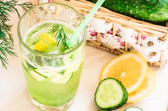 Vida Press nuotr./Gėrimas su agurkais
