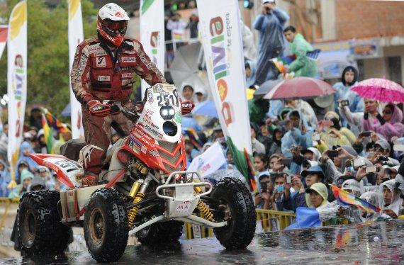 """AFP/""""Scanpix"""" nuotr./Rafalas Sonikas laimėjo 2015 metų Dakarą"""