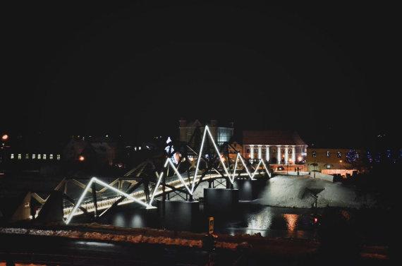 Kėdainiai.lt nuotr./Kėdainių senamiesčio pėsčiųjų tiltas per Nevėžį