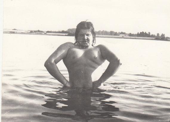 Asmeninio albumo nuotr. /Virgis Stakėnas (1978 m. Bijotės ež. Kelmės raj.)