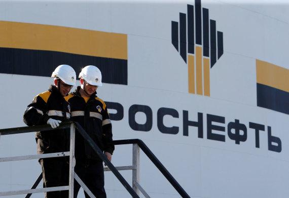 """""""Reuters""""/""""Scanpix"""" nuotr./""""Rosneft"""" akcijų pardavimas – V.Putino planas užsidirbti?"""