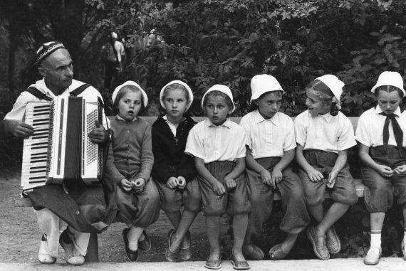 """""""Scanpix"""" nuotr./Vaikai Jaltos sanatorijoje, Ukrainoje (1964 m.)"""
