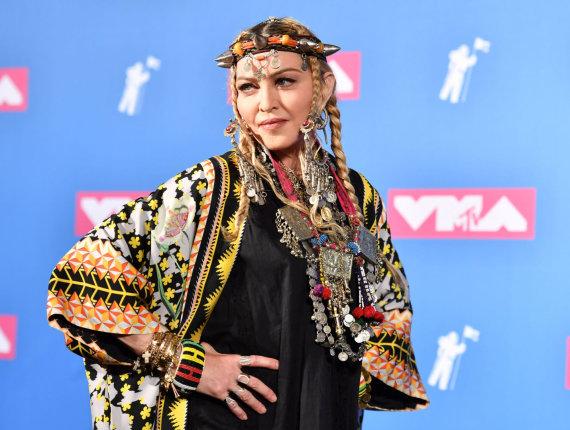 "AFP/""Scanpix"" nuotr./Madonna MTV apdovanojimuose"