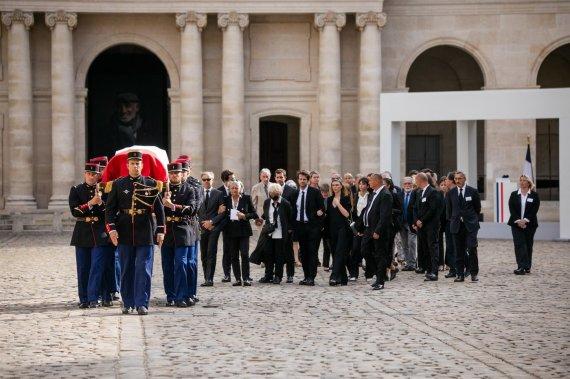 Vida Press nuotr./Prancūzija išlydi legendinį aktorių Jeaną-Paulių Belmondo