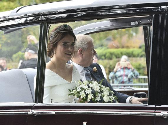 """Scanpix""/AP nuotr./Princesė Eugenie su tėvu princu Andrew"
