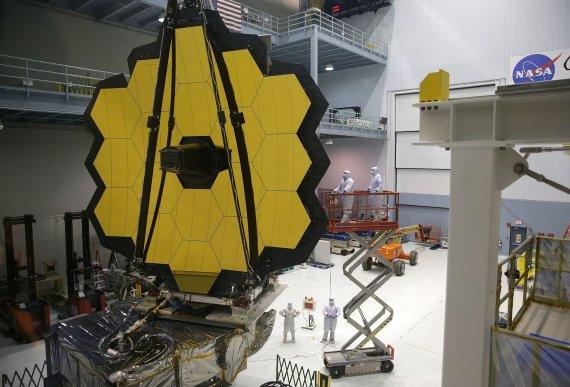"AFP/""Scanpix"" nuotr./""James Webb"" kosminis teleskopas"