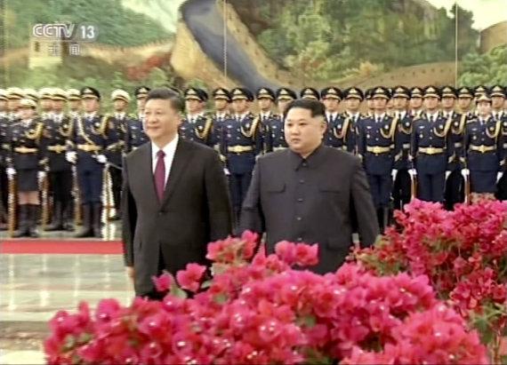 """""""Scanpix""""/AP nuotr./Pekine susitiko Kinijos ir Šiaurės Korėjos vadovai"""