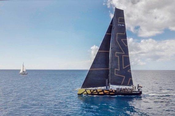 """Lietuvos buriuotojų sąjungos nuotr./""""Ambersail 2"""" jachta Barbadose"""