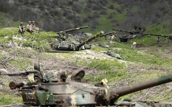 """Reuters""/""Scanpix"" nuotr./Kalnų Karabacho kariai"
