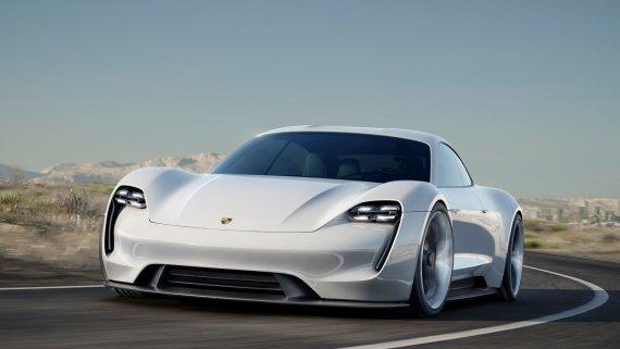 "Porsche nuotr./Elektromobilis ""Porsche Taycan"""
