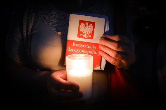 """""""Scanpix""""/""""Sipa USA"""" nuotr./Protestas Varšuvoje"""