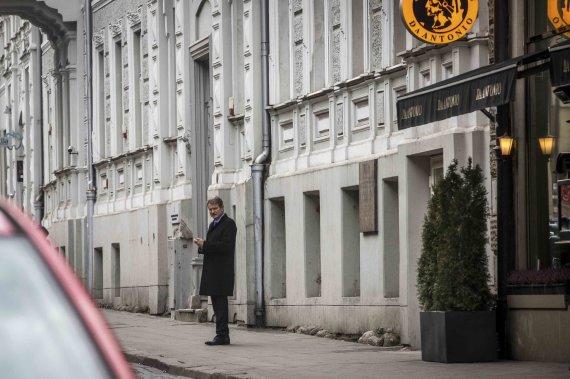 Vidmanto Balkūno/15min.lt nuotr./Rolandas Paksas išeina iš susitikimo su Gedvydu Vainausku