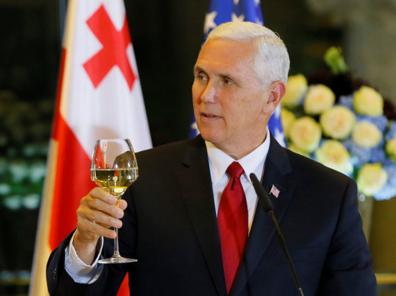 """Reuters""/""Scanpix"" nuotr./Mike'as Pence'as Tbilisyje"