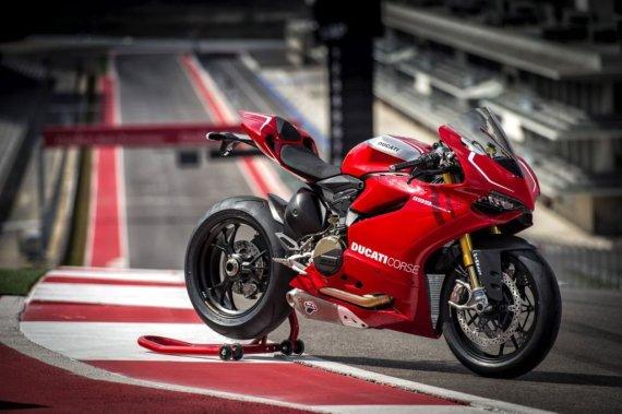 ducati com nuotr./Ducati 1199 Panigale 2013