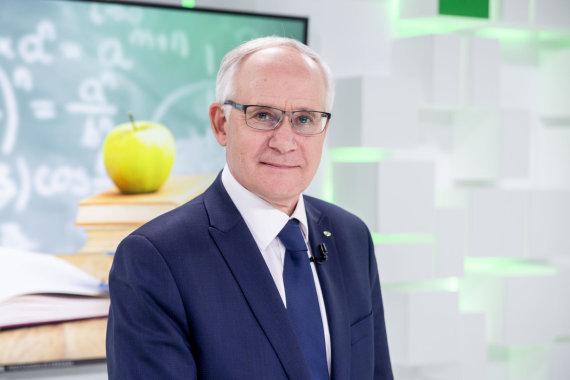 Luko Balandžio / 15min nuotr./Švietimo, mokslo ir sporto ministras Algirdas Monkevičius