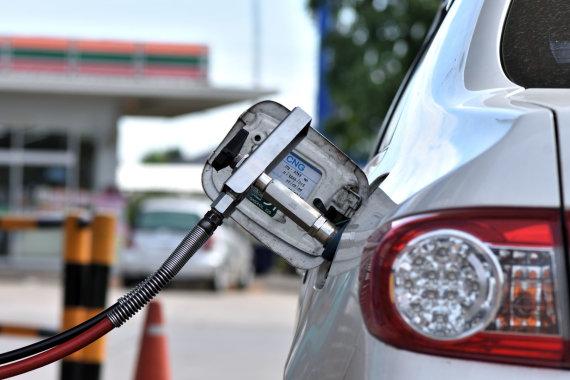 123RF nuotr./Suskystintos gamtinės dujos automobiliams