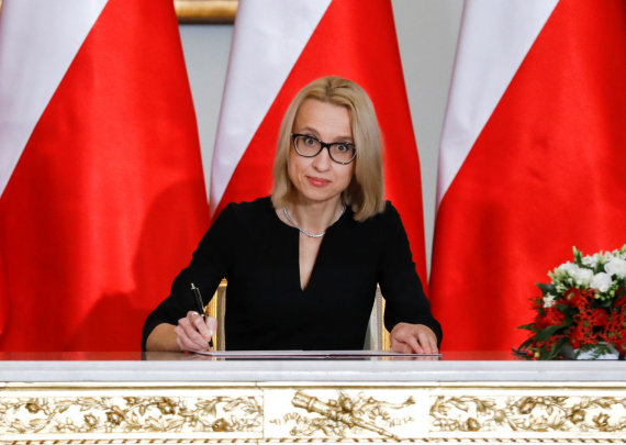 """""""Reuters""""/""""Scanpix"""" nuotr./Naujoji Lenkijos finansų ministrė Teresa Czerwinska"""