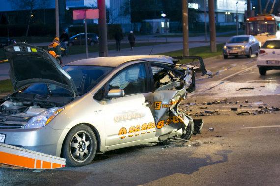 """Vidmanto Balkūno / 15min nuotr./Girtas """"City Bee"""" vairuotojas pražudė merginą"""
