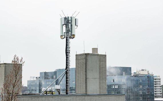 """""""Scanpix"""" nuotr./5G ryšio antena Vokietijos Damštato mieste"""