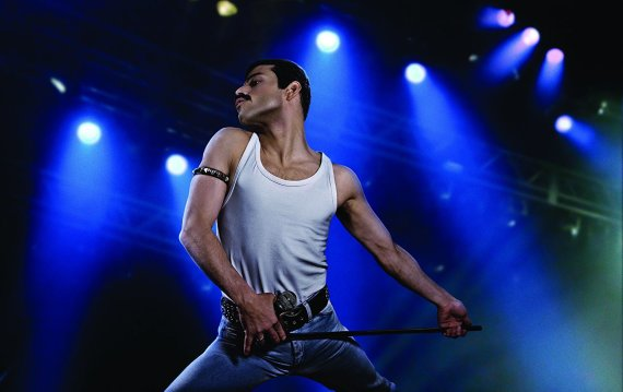 "Nick Delaney/Twentieth Century Fox Film Corporation nuotr./Freddie Mercury biografiniame filme ""Bohemian Rhapsody"" suvaidinęs Rami Malekas"