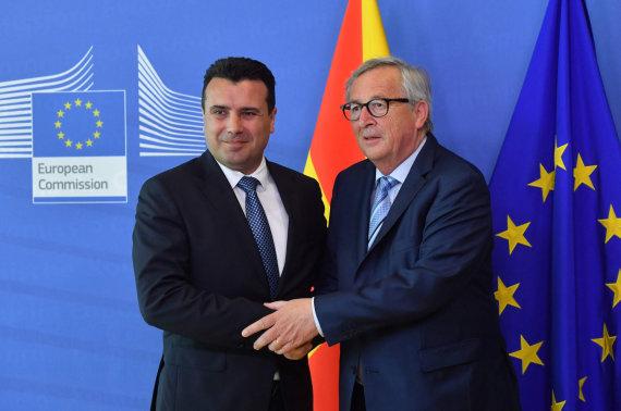 """AFP/""""Scanpix"""" nuotr./Zoranas Zajevas ir Jeanas Claude'as Junckeris"""