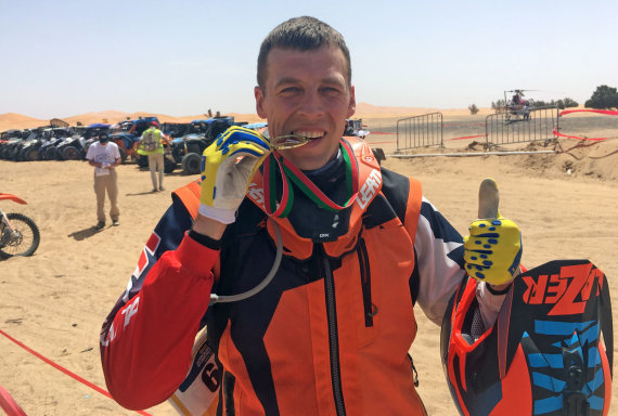 Asm. albumo nuotr./Motociklininkas Arūnas Gelažninkas iškovojo teisę varžytis Dakare