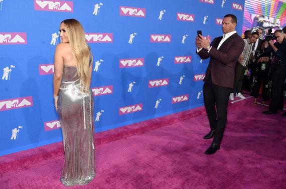 "AFP/""Scanpix"" nuotr./Jennifer Lopez ir Alexas Rodriguezas"