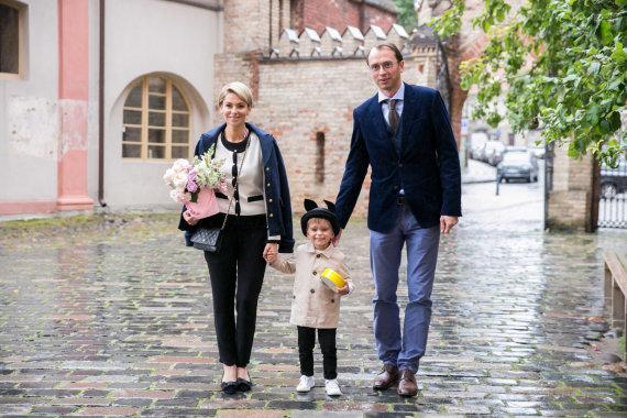 Žygimanto Gedvilos / 15min nuotr./Agnė Jagelavičiūtė ir Mantas Volkus su sūnumi