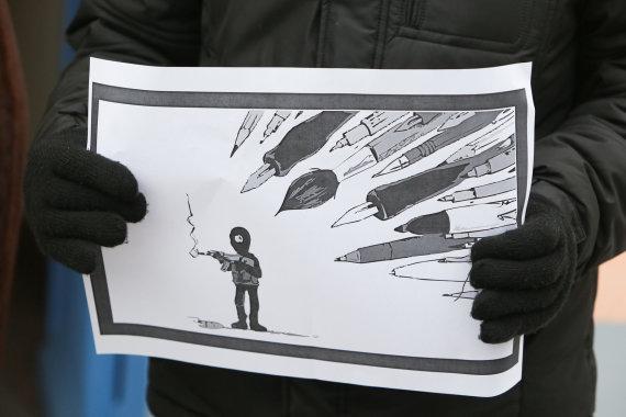 Juliaus Kalinsko/15min.lt nuotr./Prie Prancūzijos ambasados