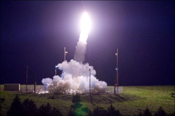 """""""Reuters""""/""""Scanpix"""" nuotr./JAV sėkmingai išbandė priešraketinę sistemą THAAD"""