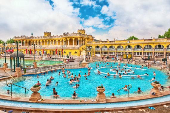 123rf.com nuotr./Budapeštas - Sečeny baseinai