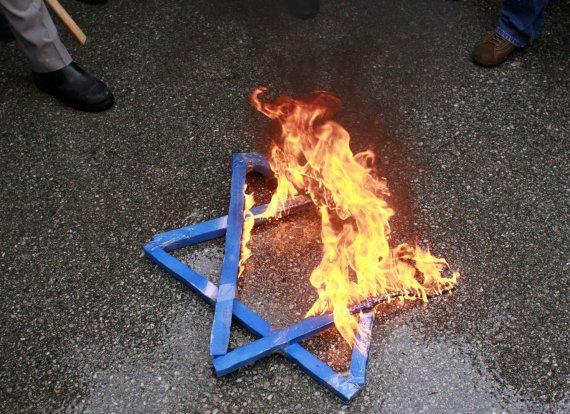 Reuters / Scanpix photo / Antisemitism spreads in Europe