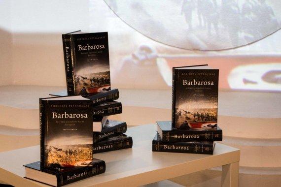 Asmeninio archyvo nuotr./Robertas Petrauskas pristatė trečią knygą