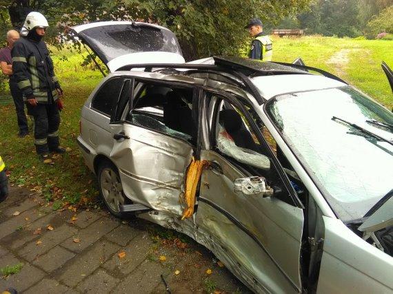 15min nuotr./BMW avarija Inkaklių kaime