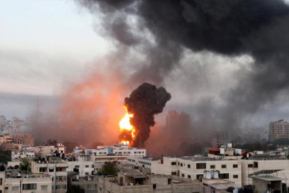 """""""Reuters""""/""""Scanpix"""" nuotr./Izraelio aviacijos smūgiai Gazoje"""