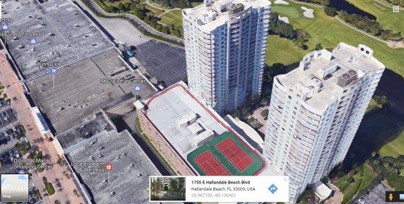 """""""Google Maps"""" nuotr./K.Brazauskienės sūnus turi prabangius apartamentus viename iš šių Majamio dangoraižių"""