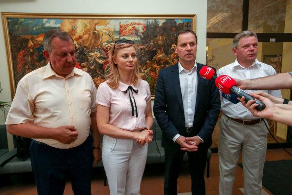 Vidmanto Balkūno / 15min nuotr./Lietuvos lenkų rinkimų akcijos – Krikščioniškų šeimų sąjungos tarybos posėdis