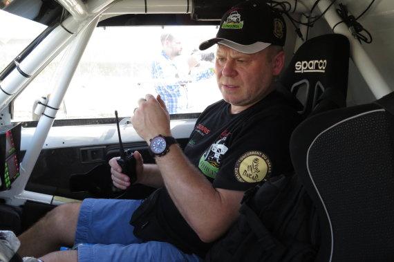 Renaldo Gabarto /N40 vyrų autoklubo nuotr./Antanas Juknevičius ir Edvardas Duoba pasiruošę Dakarui
