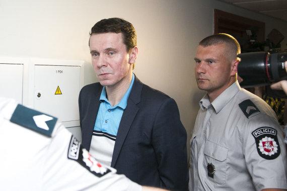 Irmanto Gelūno / 15min nuotr./Teisme prašoma dar kartą pratęsti Raimondo Kurlianskio suėmimą