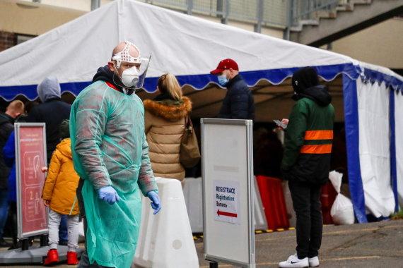 """""""Reuters""""/""""Scanpix"""" nuotr./Kova su koronavirusu Čekijoje"""