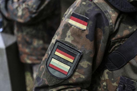 Ievos Budzeikaitės nuotrauka/Vokietijos kariuomenės ženklas