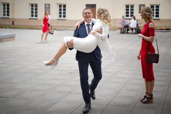 Ramūno Tangurio nuotr. /Dariaus Raubos ir Donatos Šukytės vestuvių akimirka