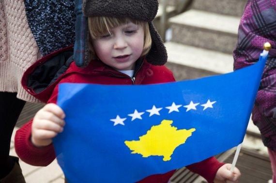 "AFP/""Scanpix"" nuotr./Kosovo vėliava"