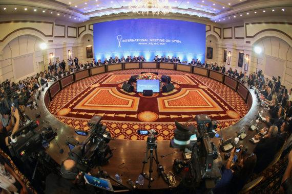"""AFP/""""Scanpix"""" nuotr./Derybos dėl Sirijos vyksta Kazachstano sostinėje Astanoje"""