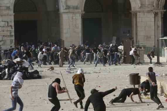 """""""Scanpix""""/AP nuotr./Palestiniečių ir Izraelio saugumo pajėgų susirėmimai"""