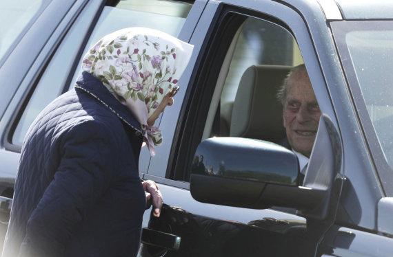"""Scanpix""/AP nuotr./Karalienė Elizabeth II ir princas Philipas"